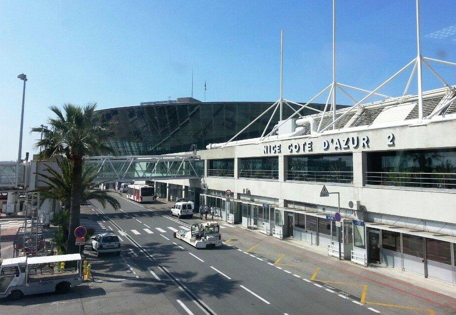 Самые непунктуальные аэропорты Франции