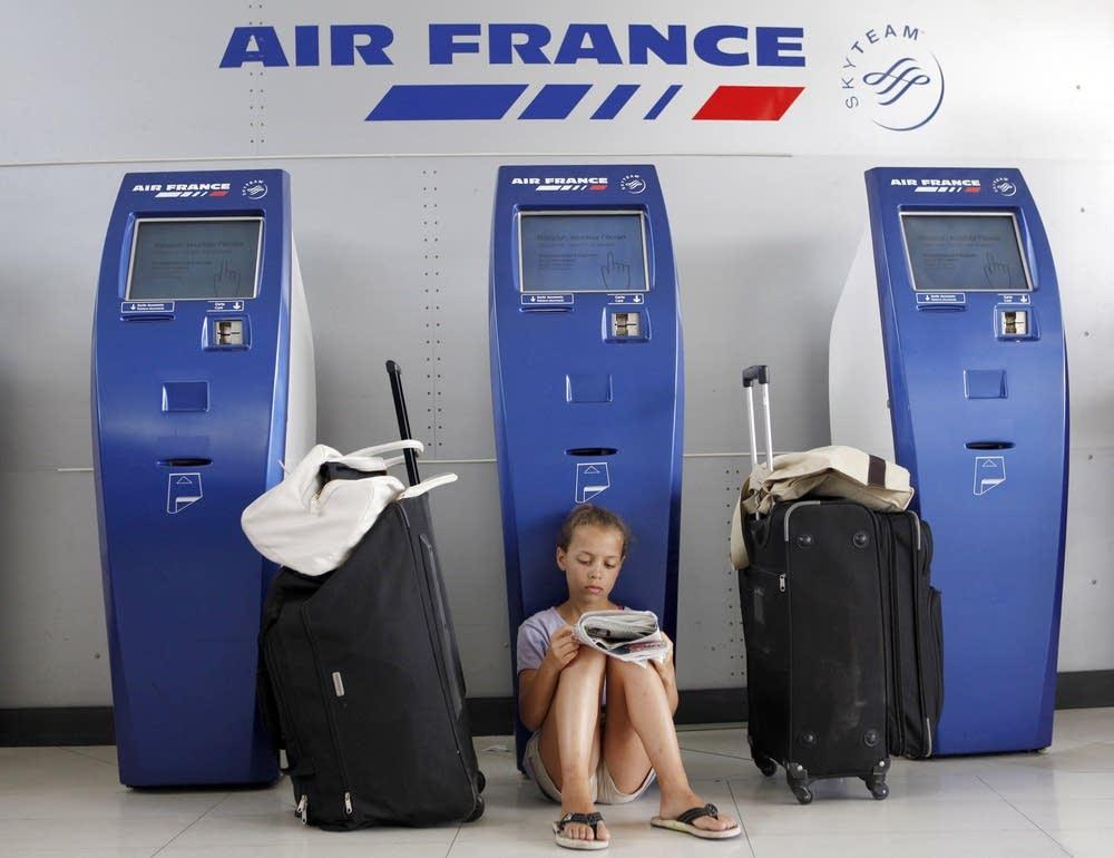 Авиапутешественникам во Франции предложили сэкономить