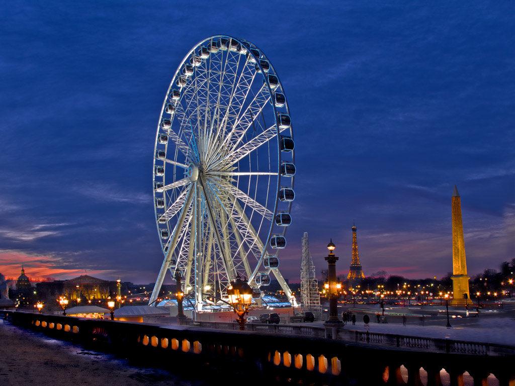 В Париже с площади Согласия уберут колесо обозрения