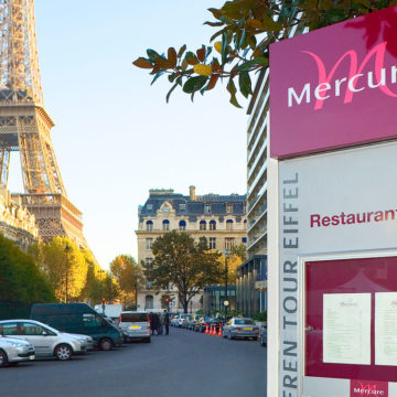 The-Mercure-Paris-Centre-Tour-Eiffel-4
